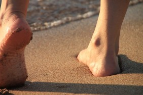 barefoot_on_the_beach