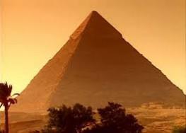 arany_piramis