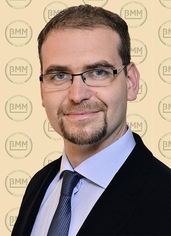 Dr. Moravcsik Bence Bala´zs